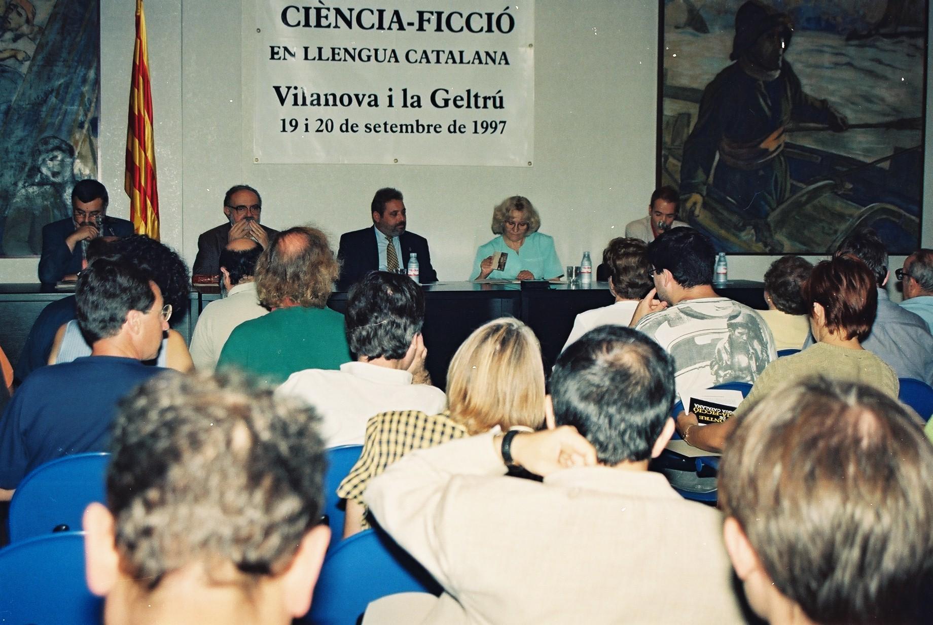 Inauguració del I Encontre el 1997 amb Jaume Fuster, president de l'AELC; Jordi Sarsanedas, degà de l'a ILC; Esteve Orriols, alcalde de Vilanova, i Isabel-Clara Simó, aleshores delegada del llibre.